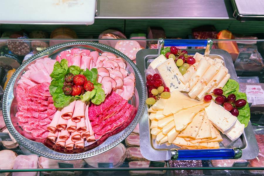 Wurst- und Käseplatte von EDEKA Reichl